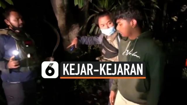 Tim Tiger Polres Jakarta Utara memburu seorang remaja yang terlibat tawuran. Tak hanya itu, pelaku juga acungkan senjata tajam dan ancam polisi. Aksi kejar-kejaran diwarnai tembakan dan tabrakan pun tak terhindarkan.