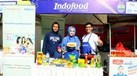 Airlangga Sucipto dan sang istri bersama Chef Arman di booth demo masak dari Masakapaya.com saat perayaan ulang tahun Persib Bandung ke 85.