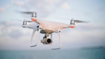 Mahasiswa di Kamboja Bikin Drone Rp 284 Juta, Kursi Sekolah Jadi Bangku Pilot