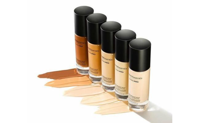 BareMinerals BarePro Performance Wear Liquid Foundation SPF 20/copyright sociolla/spesial