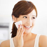 Ilustrasi Double Cleansing/copyright shutterstock
