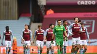 Pemain Aston Villa merayakan gol cepat Ollie Watkins ke gawang Arsenal (AFP)