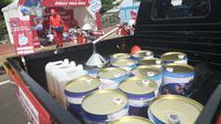 BBM Dalam Kemasan kaleng salah satu persiapan yang dilakukan Pertamina menghadapi arus mudik lebaran. Foto (Liputan6.com / Panji Prayitno)