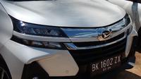 Lampu Depan Daihatsu Xenia
