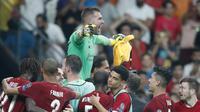 Kiper Liverpool Adrian berselebrasi usai mengantarkan timnya mengalahkan Chelsea dalam adu penalti pada UEFA Super Cup di Istanbul, Turki, Kamis (15/8/2019) dini hari WIB. Liverpool menang 5-4 (2-2)(AP Photo/Thanassis Stavrakis)