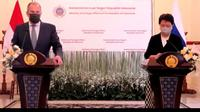 Menlu Rusia Sergey Lavrov dan Menlu RI Retno Marsudi dalam press briefing Selasa (6/7/2021). (Screenshot/Liputan6.com)