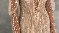 Inspirasi gaun pengantin warna gold. (dok. Instagram @jennypackham/https://www.instagram.com/p/Bq92PNoBUSl/Dinny Mutiah)
