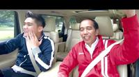 Boy William dan Presiden Jokowi dalam vlog Nebeng Boy. (Instagram @boywilliam17)