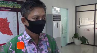 Sebanyak 13 tenaga medis di RSK Mojowarno, Kabupaten Jombang, berpotensi terpapar virus corona. Ini setelah belasan pegawai yang sebagian besar terdiri dari perawat itu menjalani rapid test dengan hasil reaktif.