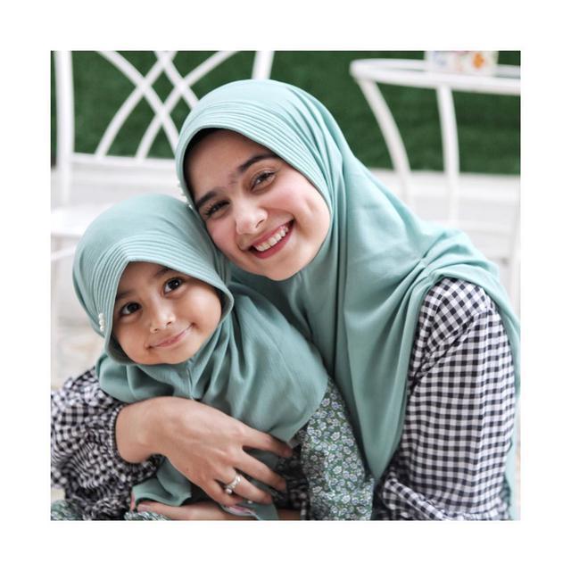 60 Nama Anak Perempuan Islami Yang Mencerminkan Diri Dan Bermakna Indah Hot Liputan6 Com