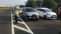 Kepolisian mencatat, jumlah kendaraan yang masuk ke wilayah Puncak sejak Jumat 15 Juni 2018 hingga pagi ini , Sabtu (16/6/2018), tercatat 33.754 kendaraan mobil, didominasi oleh kendaraan pribadi. (Istimewa)