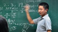 Yu Jianchun saat memberikan presentasi di Zhejiang Univeristy (Zhang Bingqing)