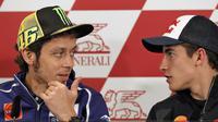 Valentino Rossi - Marc Marquez (EPA/Manuel Bruque)