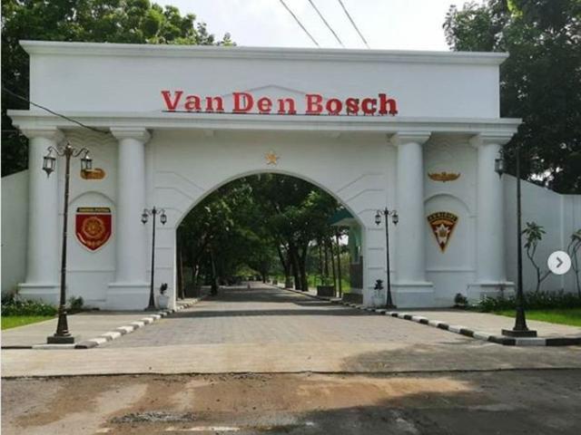 6 Fakta Menarik Benteng Van Den Bosch Markas Belanda Di Ngawi Surabaya Liputan6 Com