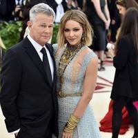 Kabar bahagia datang dari David Foster dan Katharine McPhee. Beda usia 34 tahun, keduanya pun baru saja bertunangan. (Theo Wargo/Getty Images/theinsider.com)