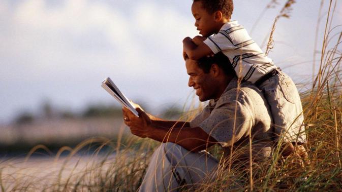 30 Kata Bijak Tentang Ayah Sosok Terbaik Yang Menginspirasi Hidupmu Ragam Bola Com