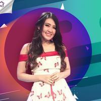Berikut ini 5 fakta di balik penampilan Via Vallen di acara yang digelar Indosiar, Dangdut Vaganza. (Foto: Instagram/viavallen, Desain: Muhammad Iqbal Nurfajri/Bintang.com)
