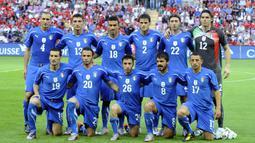 Timnas Italia dua kali mengalami kegagalan setelah meraih trofi jPiala Dunia yakni juara pada 1938 dan gagal pada 1950 (gagal), juara pada 2006 dan gagal tahun 2010. (AFP/Damien Meyer)