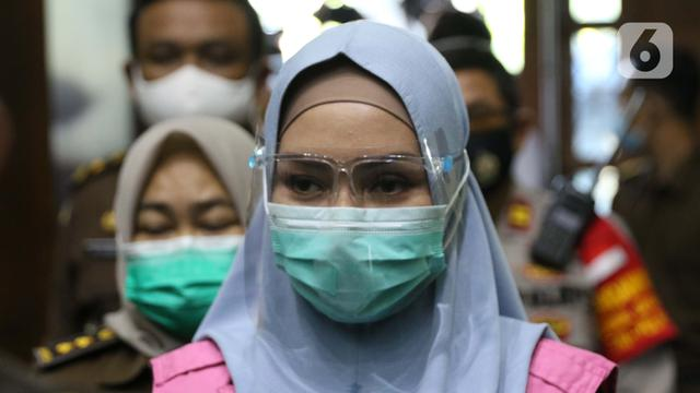Cerita Keretakan Rumah Tangga Suami Jaksa Pinangki Menangis Di Persidangan News Liputan6 Com