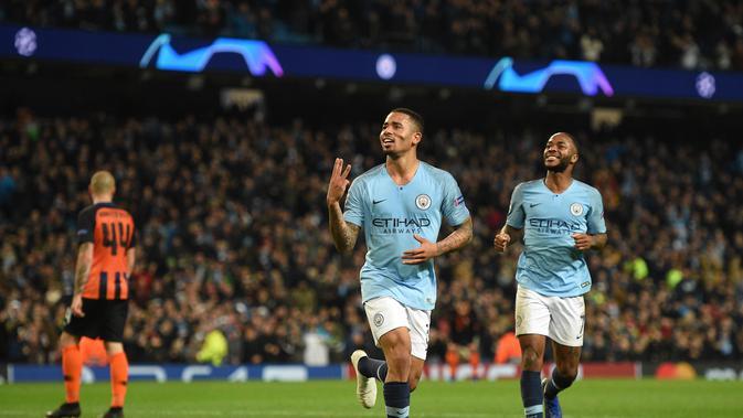 Penyerang Manchester City, Gabriel Jesus, merayakan golnya ke gawang Shakhtar Donetsk, pada Matchday 4 Grup F Liga Champions, Kamis (8/11/2018) dini hari WIB, di Etihad Stadium. (AFP / Oli Scarff)