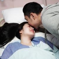 Momen Manis Sandra Dewi dan Suami Pasca Kelahiran Anak Kedua (sumber: instagram/@sandradewi88)