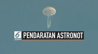 Tiga orang astronot berhasil kembali mendarat di bumi setelah selama 6 bulan berada di stasiun luar angkasa internasional.