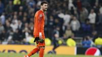 5. Hugo Lloris (Tottenham Hotspur) - 33 pertandingan, 12 clean sheet (AFP/Ian Kington)