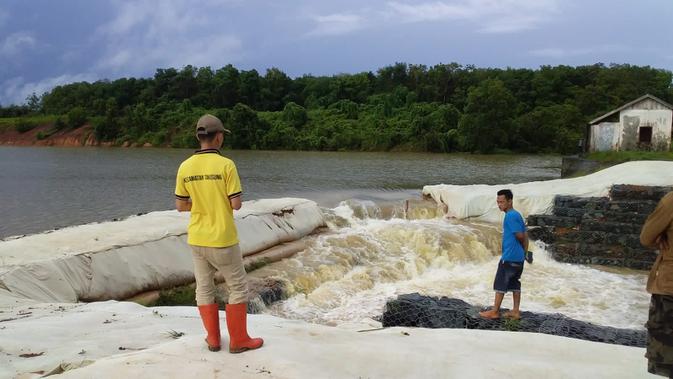 INDX BNPB: 2.021 Jiwa Terdampak Banjir di Kabupaten Tanah Laut Kalsel - News Liputan6.com