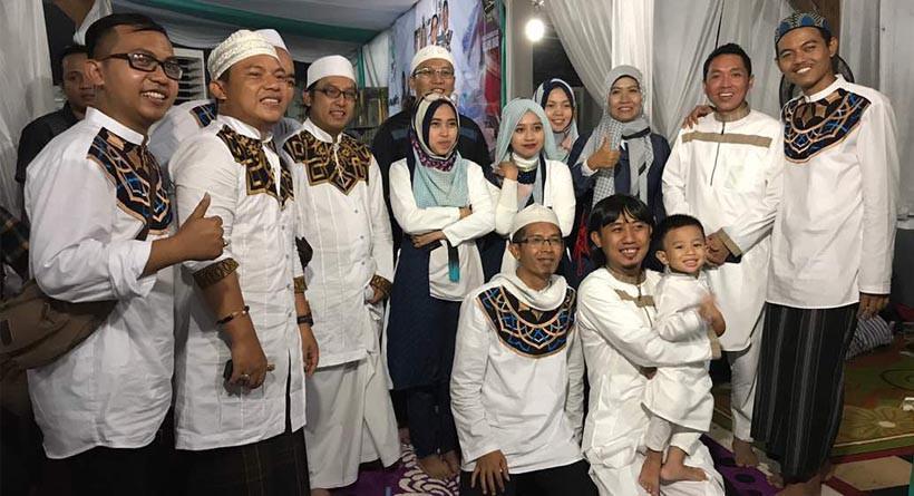 Band Wali dalam acara peresmian base camp dan santunan kepada anak yatim di kawasan Tangerang, Banten. (Istimewa)