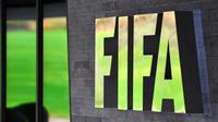 FIFA membekukan PSSI sebagai buntut dari campur tangan pemerintah. (AFP Photo/Fabrice Coffrini)