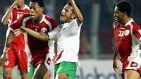 Zaenal Arif saat membela Timnas Indonesia saat persiapan jelang Piala Asia 2007. (Bola.com/AFC)