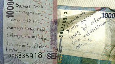 Potret Pesan Unik di Uang Kertas, Bikin Ketawa Ngakak