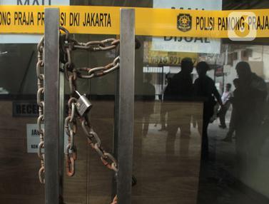 FOTO: Jadi Tempat Prostitusi Anak, Hotel Wisma Prima Ditutup Permanen