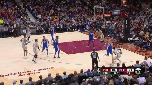 Berita video game recap NBA 2017-2018 antara Philadelhia76ers melawan Cleveland Cavaliers dengan skor 108-97.