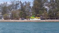Selamat datang di pulau Putri yang saat air surut akan terlihat berbentuk seperti naga tidur. (foto: Liputan6.com / ajang nurdin)
