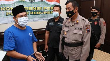 Mantan Kades yang pernah terjerat kasus korupsi kembali masuk penjara gara-gara aniaya mantan istrinya. (Foto: Liputan6.com/Humas Polres Kebumen)
