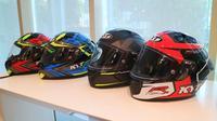 Helm KYT NFR model terbaru. (Herdi Muhardi)