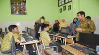 Apresiasi tersebut disampaikan setelah memantau persiapan pelaksanaan UNBK di SMP Negeri 1, SMP Negeri 3, dan SMP Negeri 6 Kota Surabaya.
