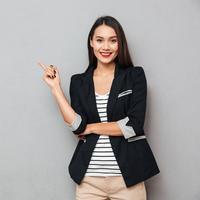 Menjadi perempuan karier yang sukses./Copyright shutterstock.com