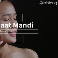 Manfaat mandi malam. (Foto: Adrian Putra, Digital Imaging: Nurman Abdul Hakim/Bintang.com)