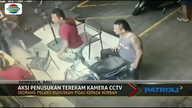 Polisi berhasil meringkus dua pelaku penusukan di depan minimarket di Bali berkat hasil rekaman CCTV.