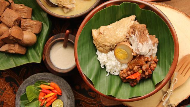 Mencicipi Nasi Teri Gejayan Pak Dul Kuliner Malam Legendaris Di