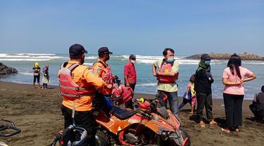 Seorang bocah perempuan hilang tenggelam di Pantai Sodong, Cilacap, Sabtu (22/5/2021). (Foto: Liputan6.com/Basarnas)