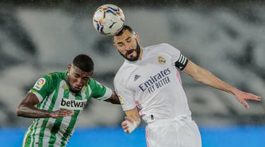 FOTO: Real Madrid Gagal Gusur Atletico Madrid usai Ditahan Imbang 0-0 Real Betis - Karim Benzema; Emerson