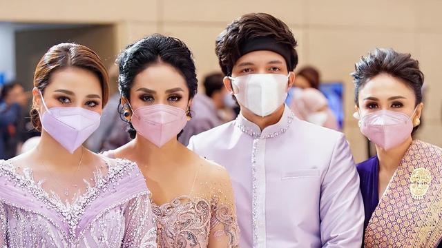 Aurel Hermansyah, Krisdayanti, Atta Halilintar, dan Yuni Shara. (Instagram/ krisdayantilemos)