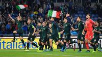 Timnas Italia merayakan kelolosan ke Piala Eropa 2020 setelah mengalahkan Yunani di penyisihan Grup J di Stadion Olimpico, Roma (13/10/2019). (AFP/Alberto Pizzoli)