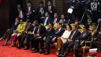 Jajaran menteri Kabinet Kerja menghadiri Sidang Tahunan MPR 2018 di Gedung Nusantara, Senayan, Jakarta, Kamis (16/8). Pada Sidang Tahunan MPR RI 2018 kali ini, Presiden RI Joko Widodo akan menyampaikan pidato kenegaraan. (Liputan6.com/Johan Tallo)