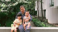 Putri Titian menceritakan tentang aktivitasnya bersama dua buah hatinya (Dok.Instagram/@putrititian/https://www.instagram.com/p/B-Bfez-nQ-B/Komarudin)