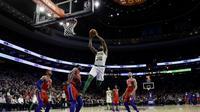 Aksi Marcus Smart saat Celtics mengalahkan Sixers di lanjutan NBA (AP)