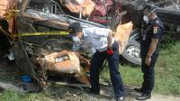 Kecelakaan di Bumiayu. (Liputan6.com/Fajar Eko Nugroho)